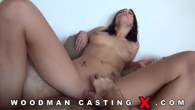 Молоденькие на кастинге у вудмана порно