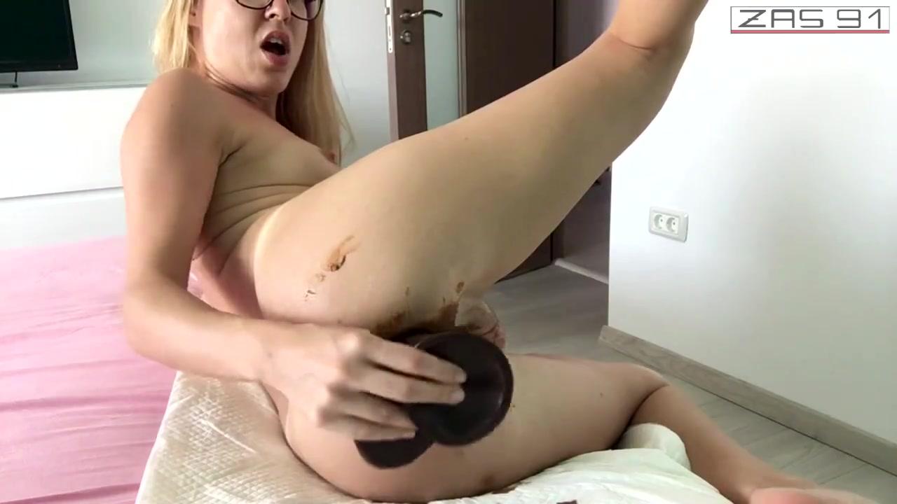 Обосралась во время секса порно видео