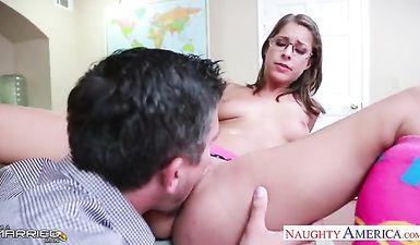 Учитель мужик физкультуры гей порно