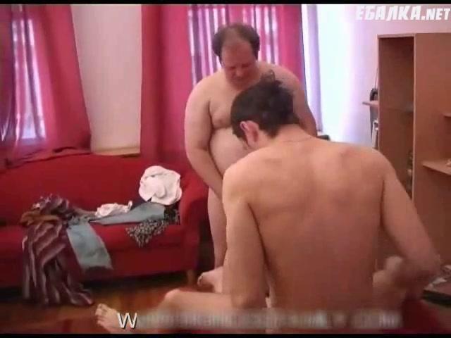 Секс папа з друзьями дочкой