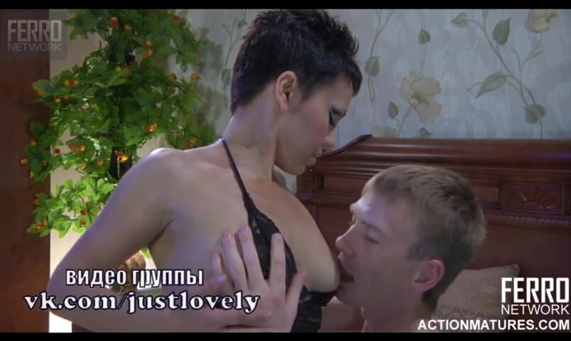 seks-video-visosat-zhenskie-grudi-do-kontsa-porno-video-stoya-ebutsya