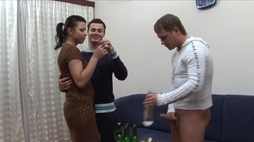 Порно жена друга набухалась русское