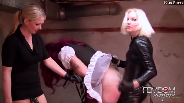 Порно две блондинки и транс