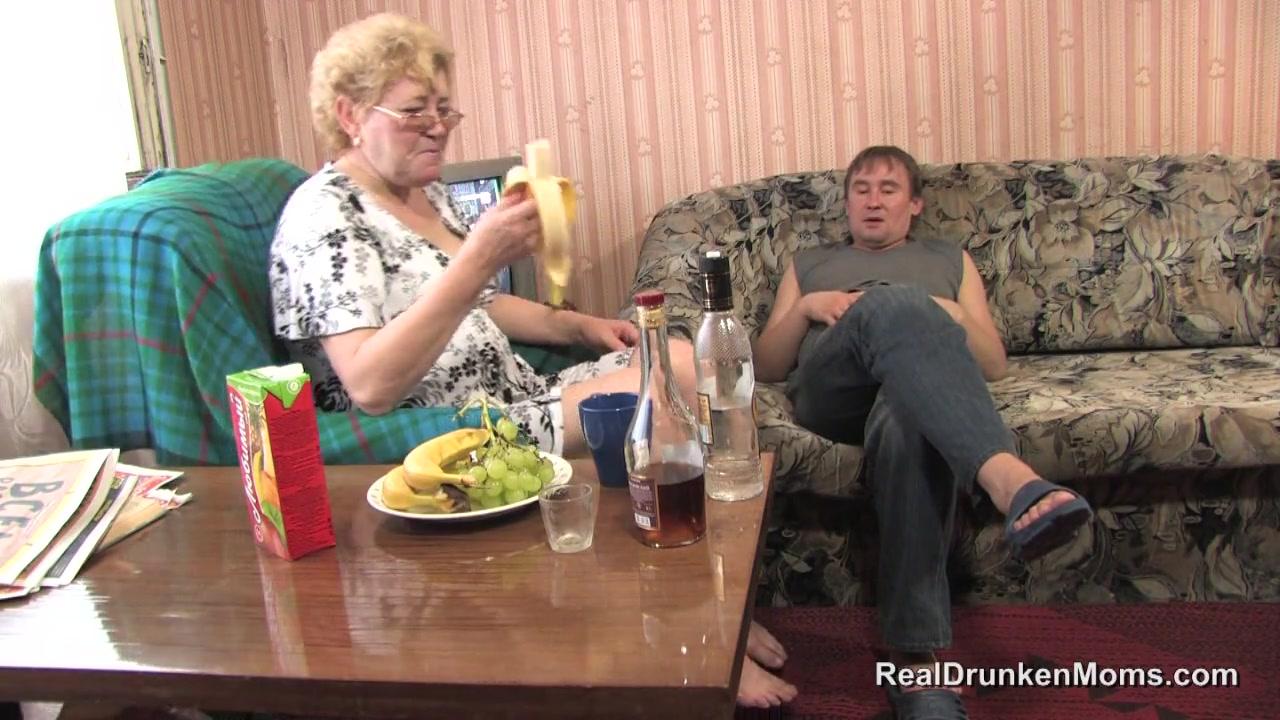 Секс мать сын бабушки