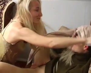 Видео как кончает русская женщина