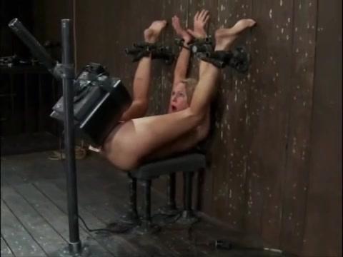 Оргазм во время мастурбация фаллосами, порно красавицы пьющие сперму