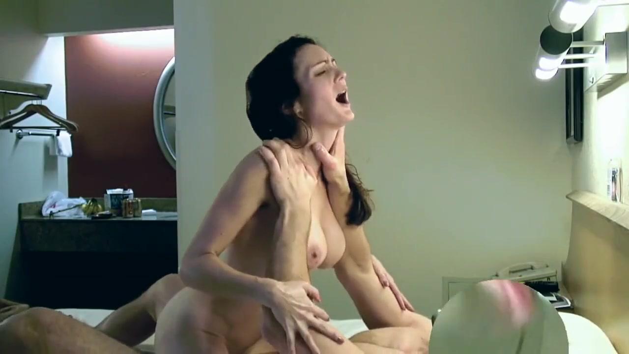 Муж тайком от жены снял их любительский секс на видео - порно видео ...