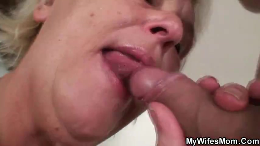 Порно видео онлайн молодая теща соблазнила зятя