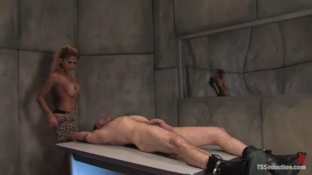 Смотреть Порно Насилуют Транса
