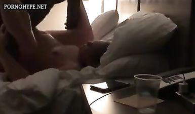 Негр трахает беременную сексвайф жену пока муж снимает это на видео