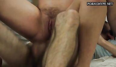 posle-zhopi-srazu-v-rot-porno-lesbi-seks-s-dildo-video