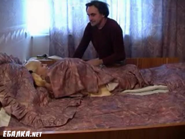 Порно после душа в спальне