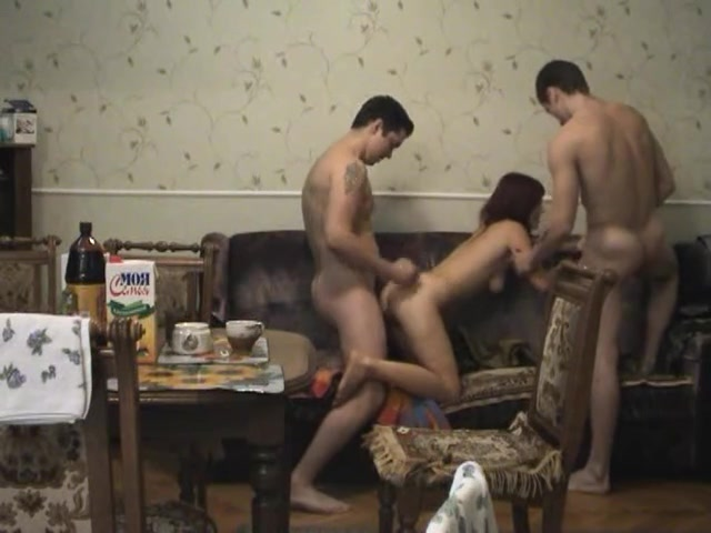 Реальное групповое порно скрытой камерой