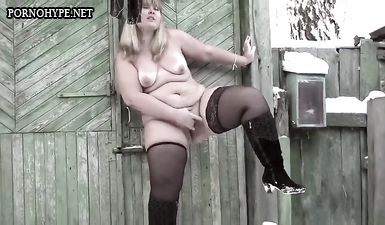 Деревенское домашнее порно с толстой дояркой