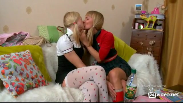 Порно видео ролики лесбиянки трахаются