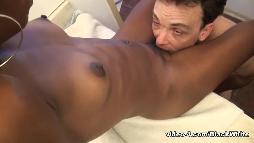 Негритянки клитор порно видео