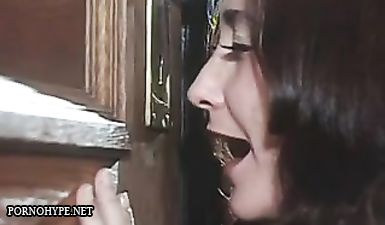Ретро порно с изменой зрелой жены в очках