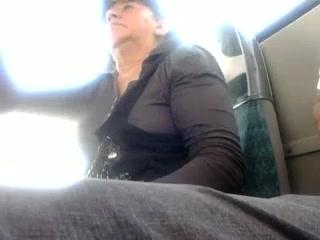 Видео Дрочат В Транспорте