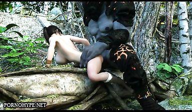 Сисястая брюнетка дала выебать себя монстру в лесу
