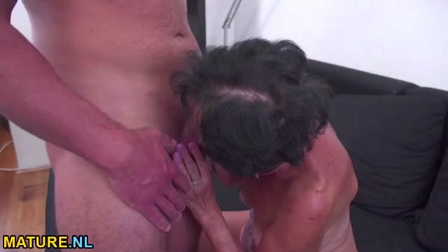 Старушек во все дыры порно
