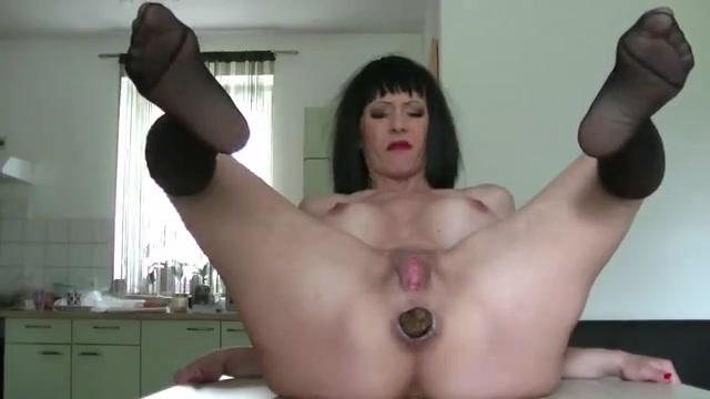 Порно ролик с какающими