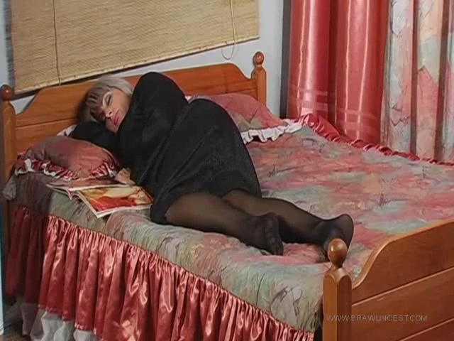 Русское порно старая толстаая мама и сын