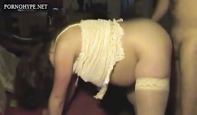 Любительский секс раком с беременной женой в чулках