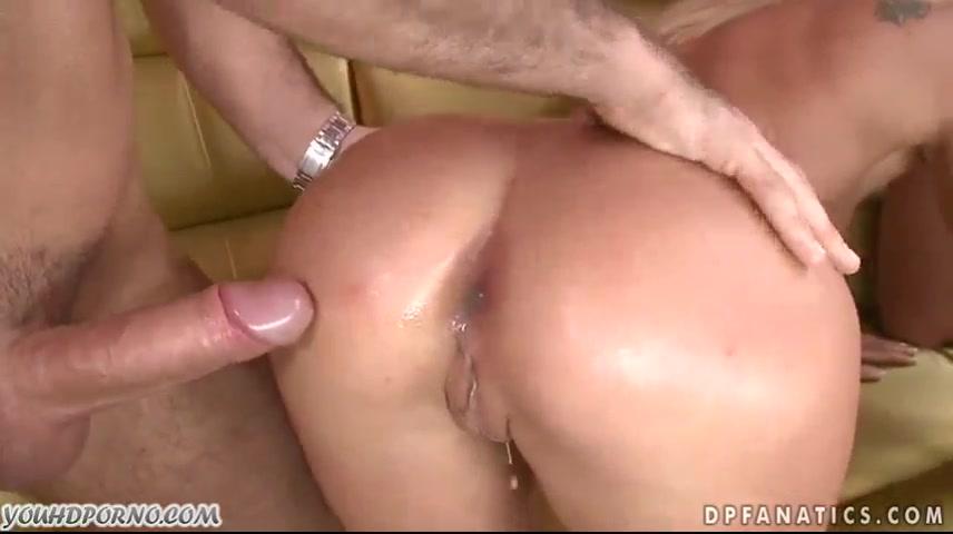 Порно кончил во влагалище худенькой