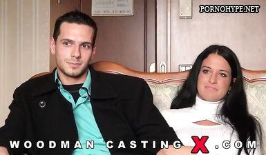Молодые муж с женой пришли на порно кастинг Вудмана