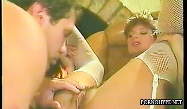Друг детства ебёт невесту перед свадьбой - ретро порно