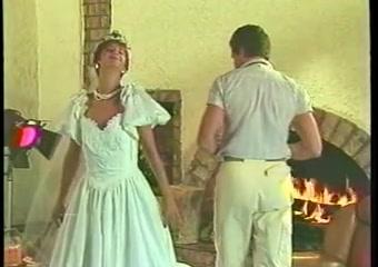 Порно видео ретро невест