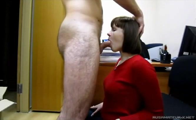 Порно замужней дают в рот — img 11