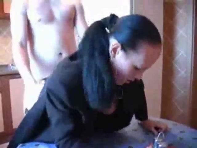 Порно В Бане С Тремя