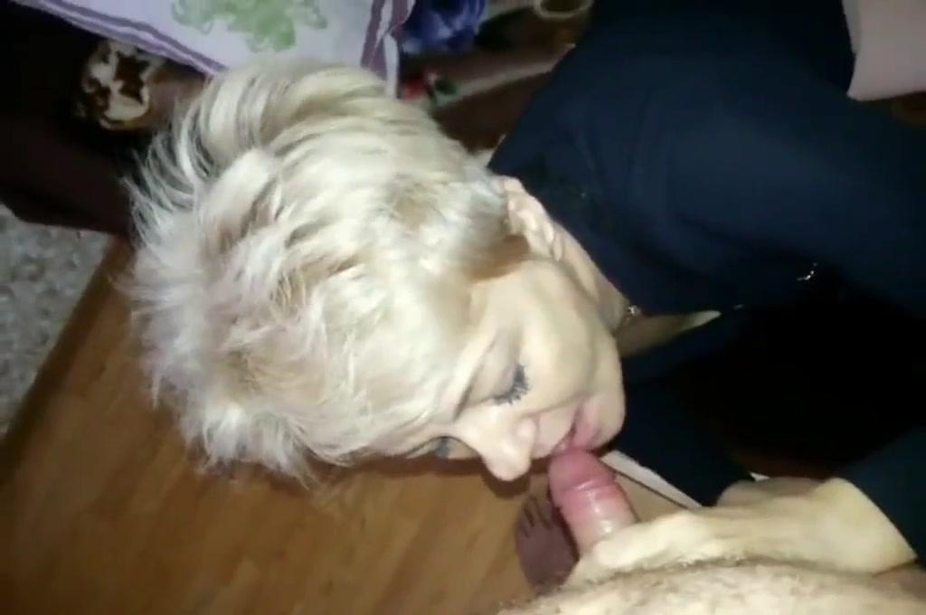Уломал свою маму секс