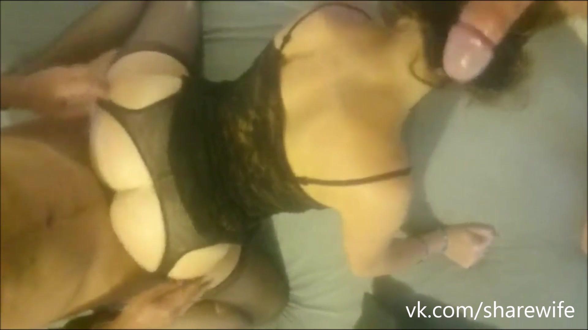 Русская жена сексвайф в чулках в домашнем видео