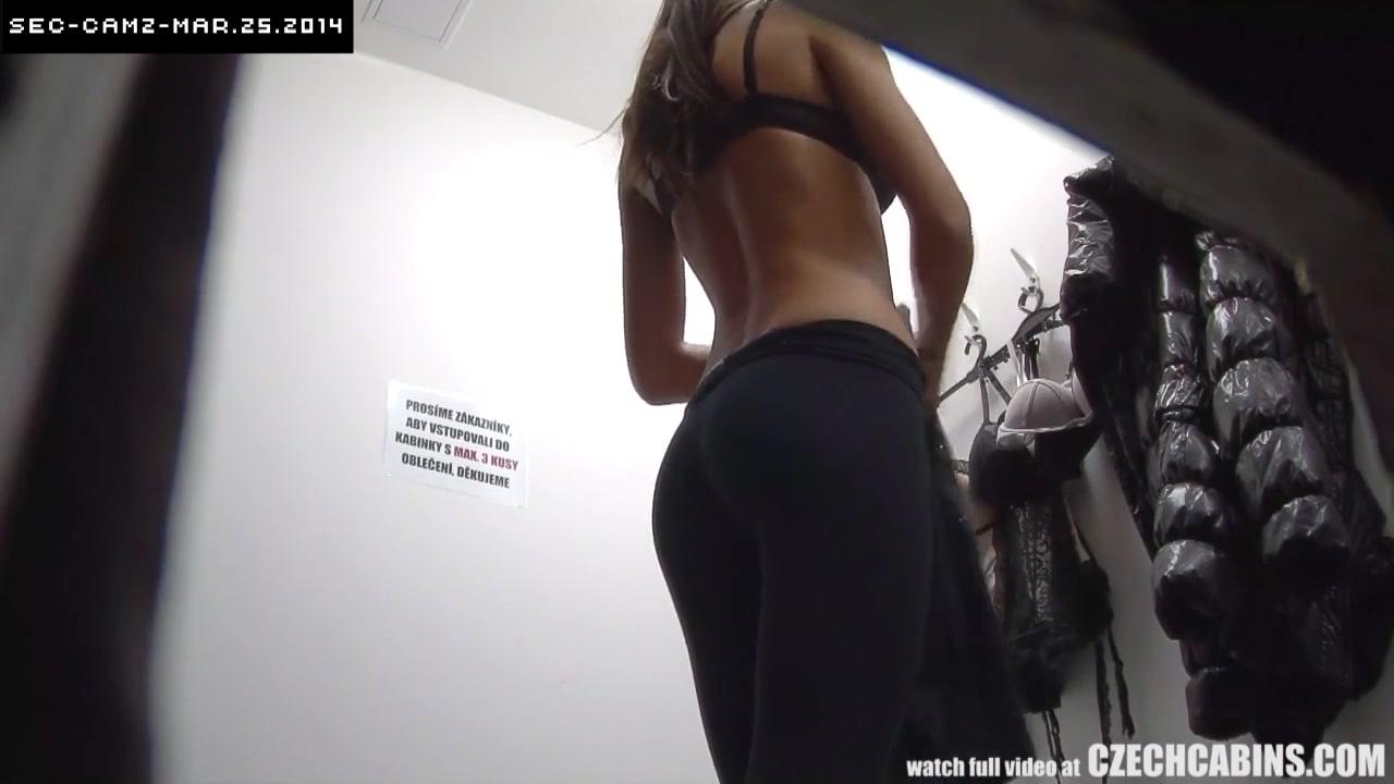 Скрытая камера в магазин нижнего белья