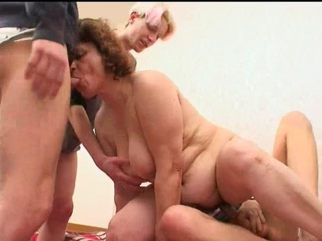 Порно видео старые по кругу онлайн