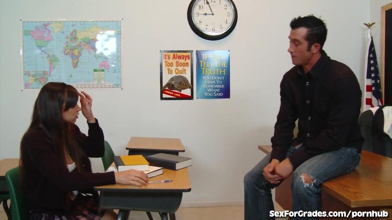 Учитель трахнул ученицу порно видео