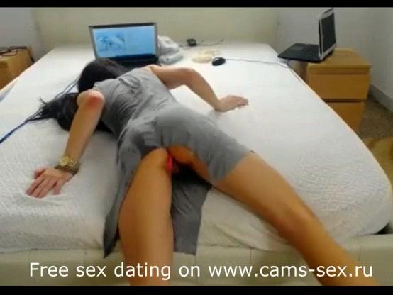 Видео где в пизду пихают все подряд, короткое порно русских секретарш в чулках