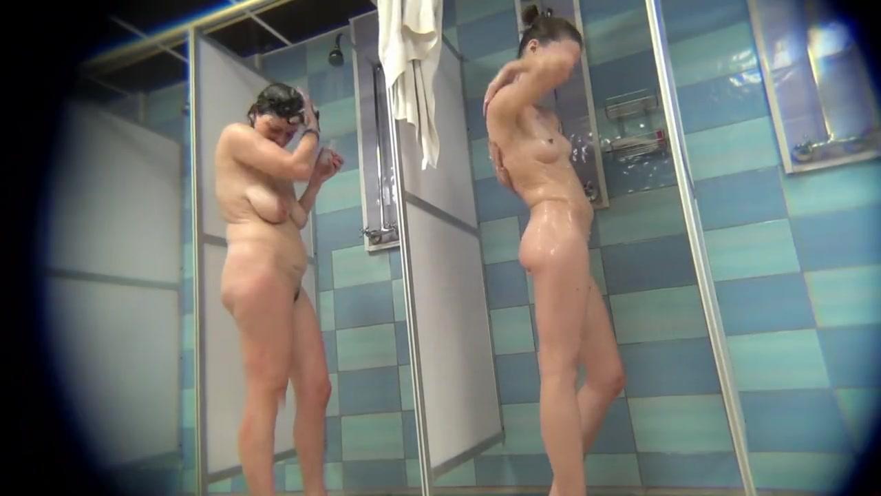Порно Камера Душе Бане