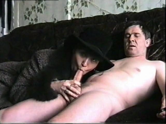Порно под пальто порно азиатками