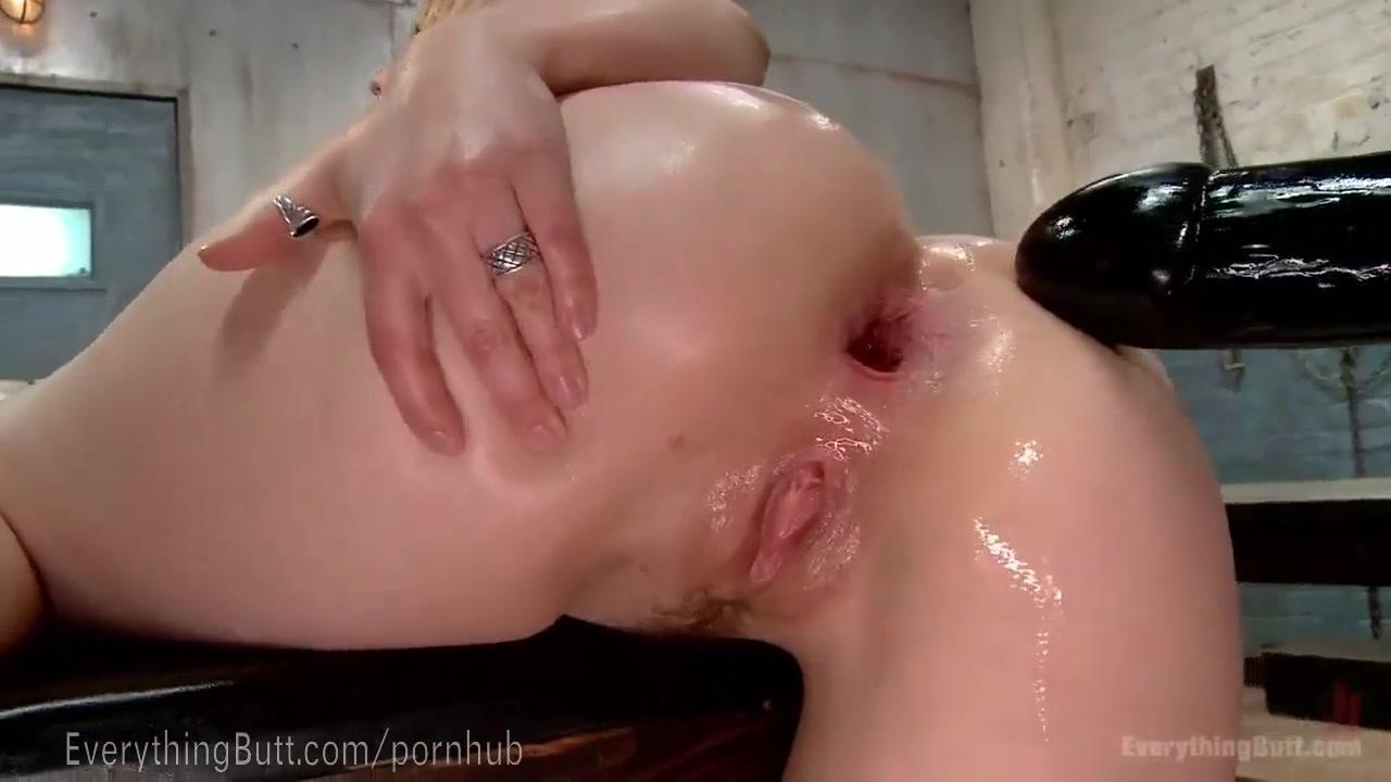 Порно в возрасте в латексе видео