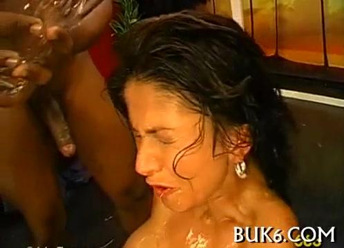 porno-video-gruppoy-v-rot