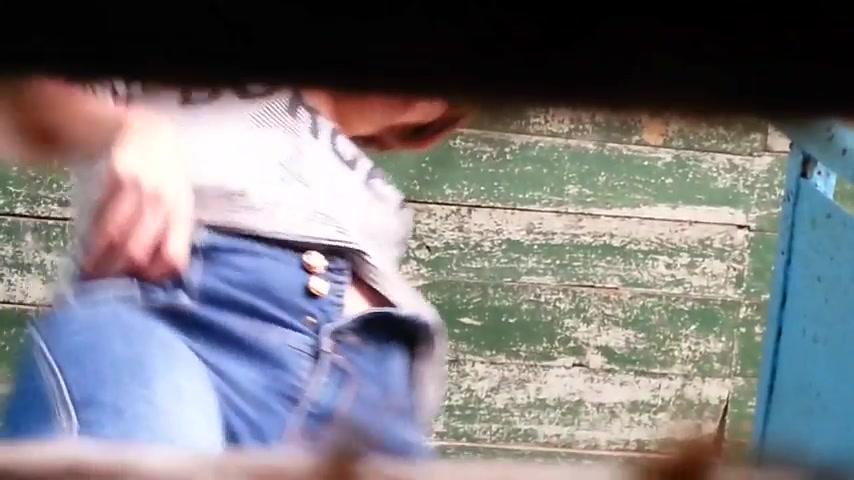 казашки в туалете вид с низу видео