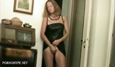Домашнее ретро порно снятое на VHS камеру