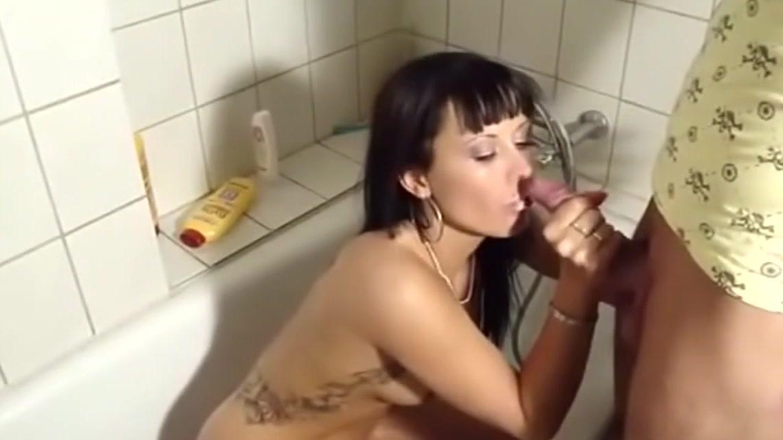 anal-zastavili-delat-minet-porno-foto-blondinke-konchayut-rot