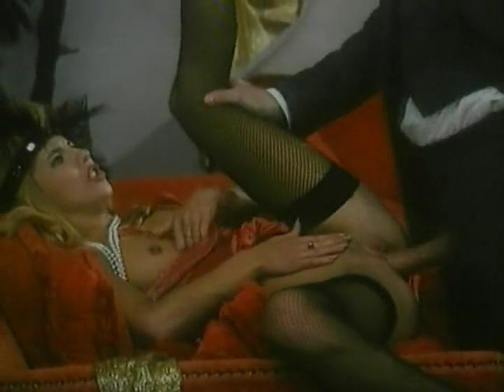 klassika-anala-porno-filmi-lizbiyanki-i-fak-mashini