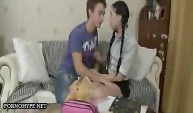 Русские дочки агента КГБ - порно фильм полностью